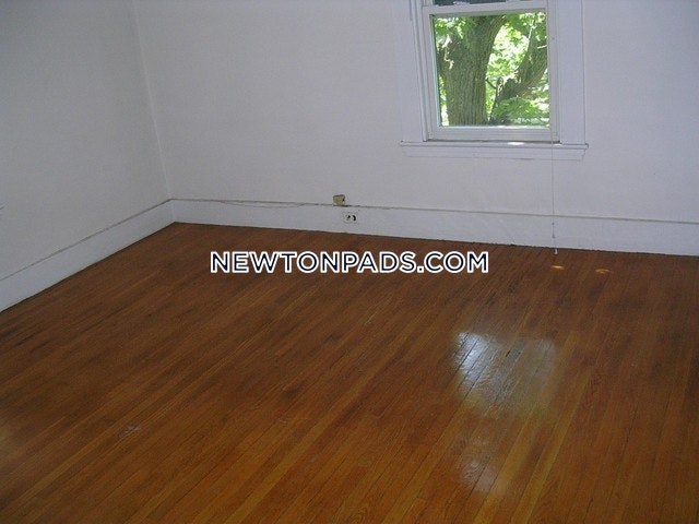 3 Beds 1 Bath - Newton - Newtonville $2,300