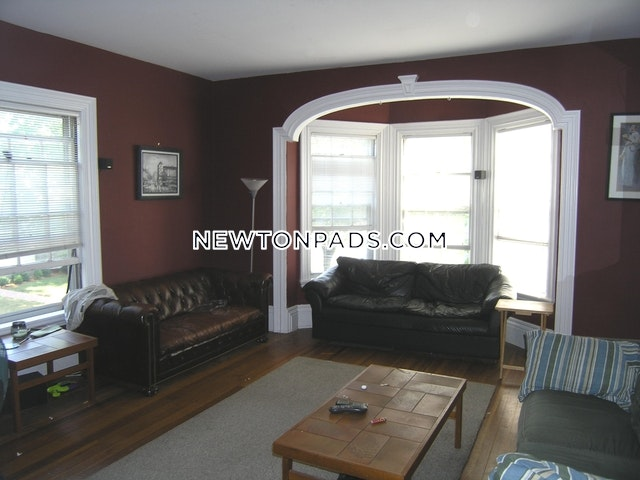 4 Beds 2 Baths - Newton - West Newton $3,300