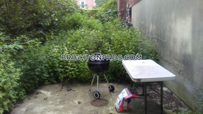 3 Beds 2 Baths - Boston - Brighton - Boston College $2,950