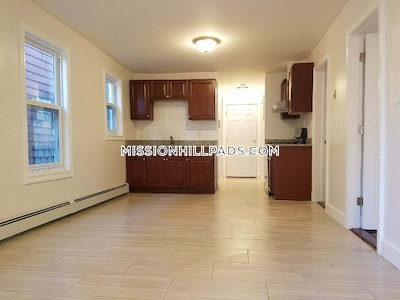 2 Beds 1 Bath - Boston - Roxbury $1,800