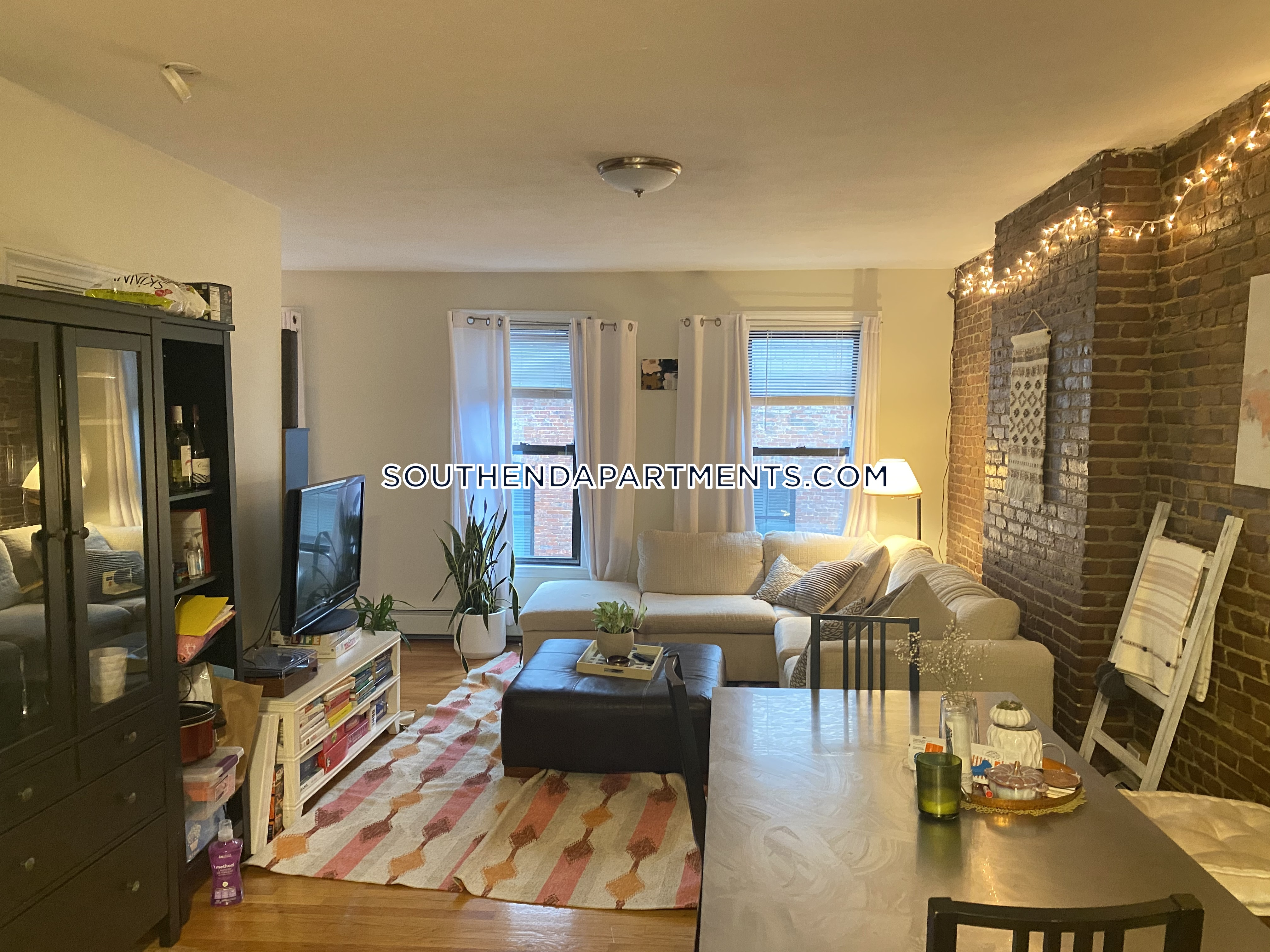 Newton Apartments South End Apartment For Rent 3 Bedrooms 1 Bath Boston 3 250 No Fee