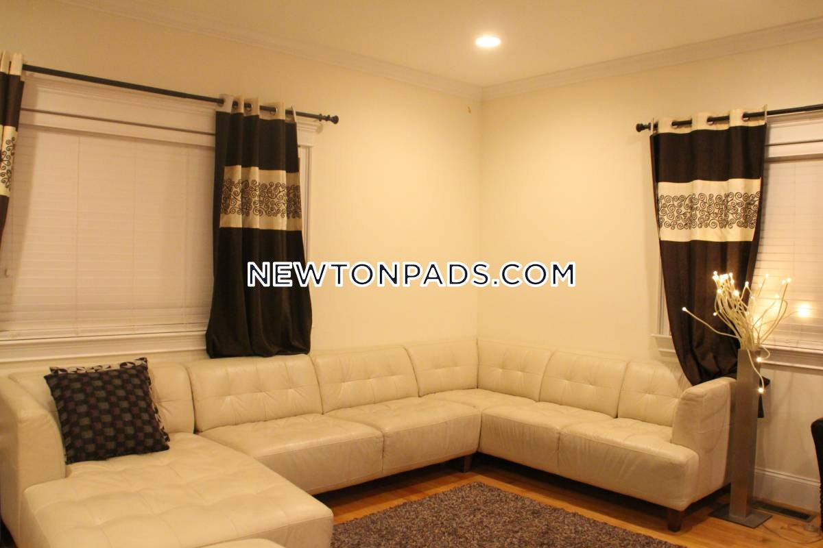 3 Beds 3.5 Baths - Newton - Newtonville $3,400