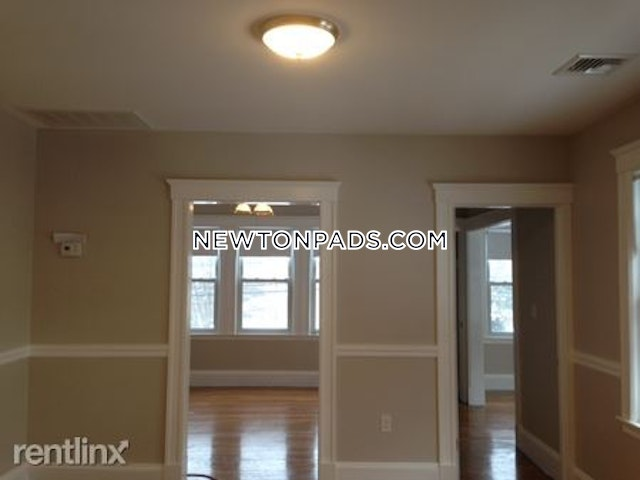 3 Beds 1 Bath - Newton - West Newton $2,850