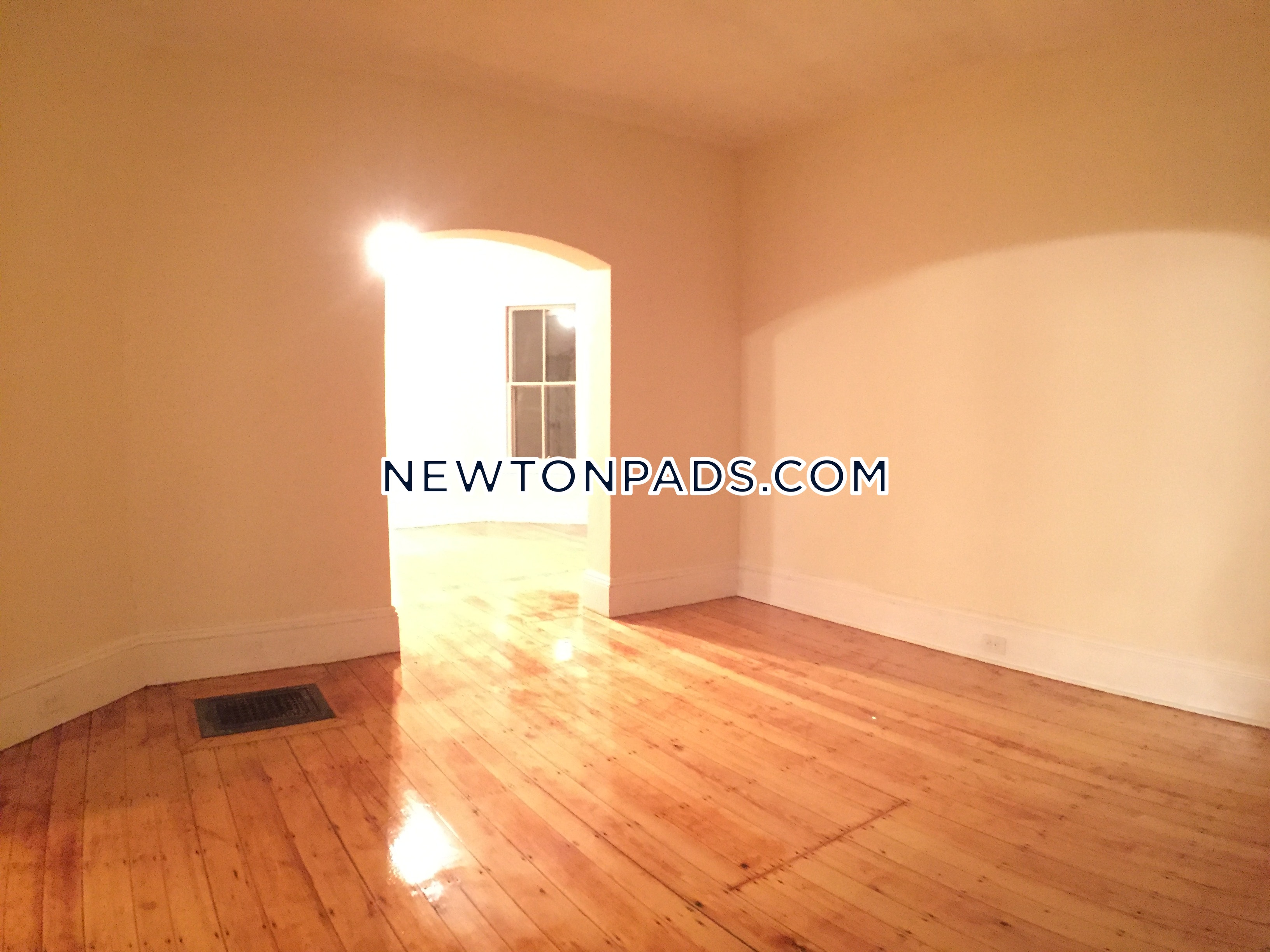 5 Beds 1 Bath - Newton - West Newton $3,000